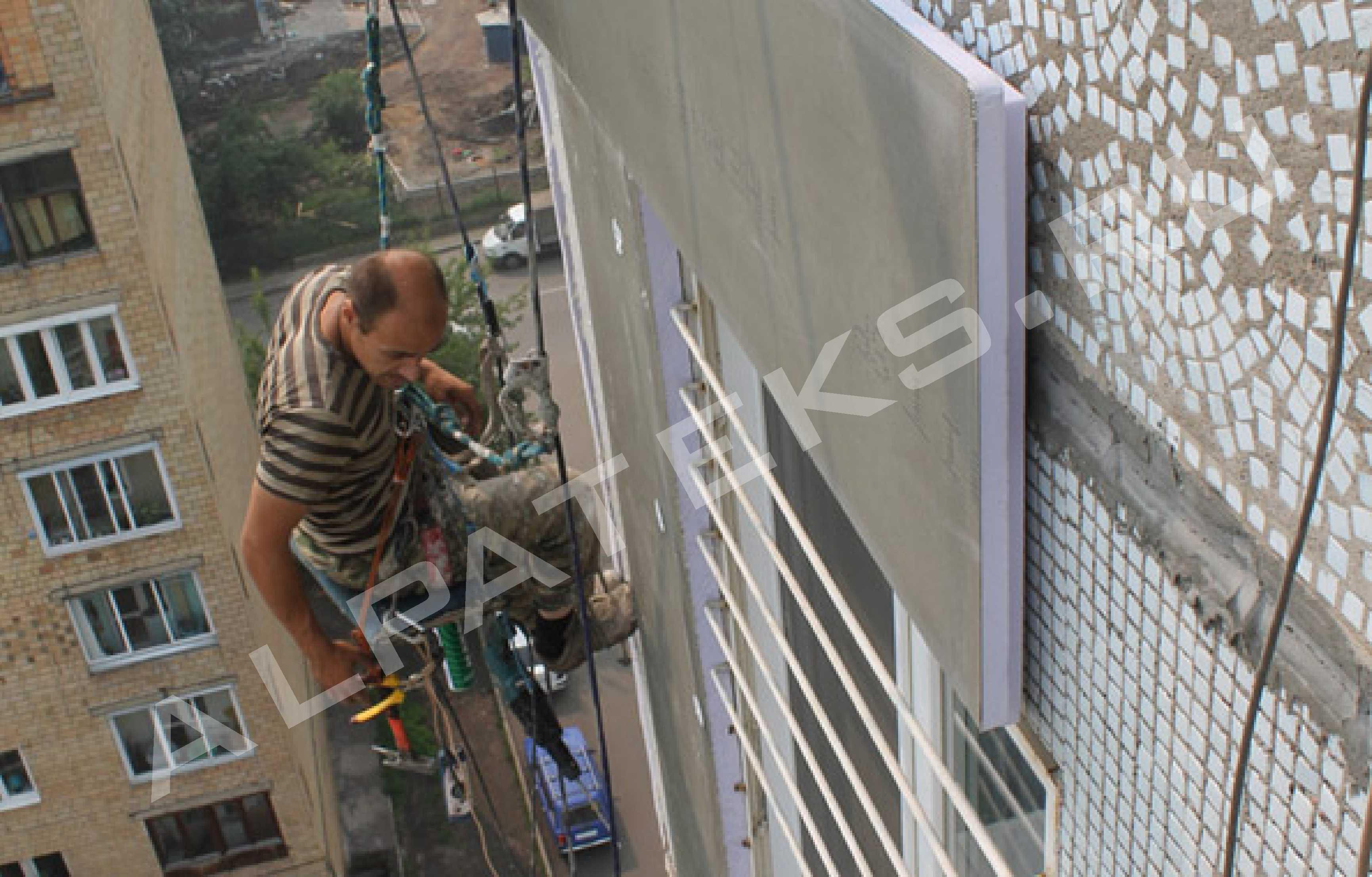 Мастика для герметизации швов фасада